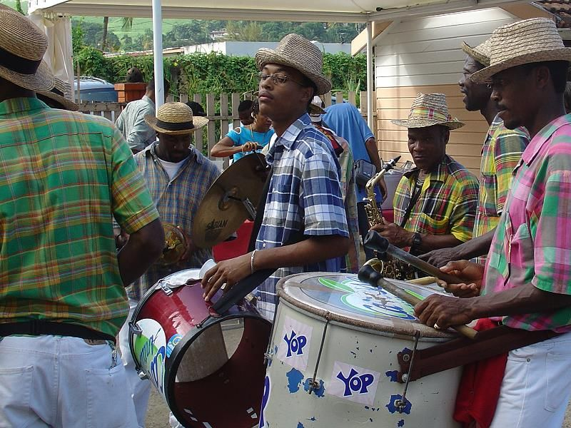 traditional costumes Creoles of Martinique