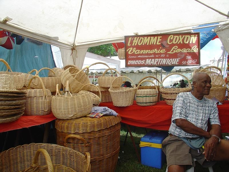 woven fibers or basket making, handicrafts in Martinique