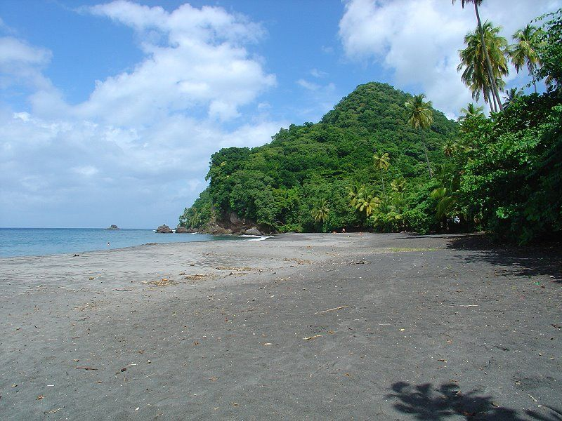 anse couleuvre beach, northern martinique