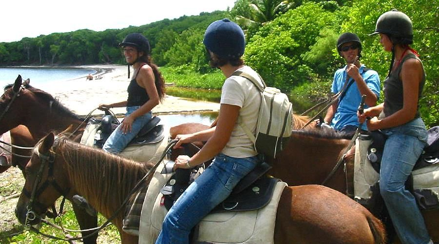 land sport and activities martinique