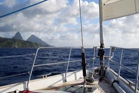 sail_boat_10_days_grenadines_islands_cruise_007
